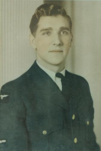 WWII pilot Douglas Mitchell